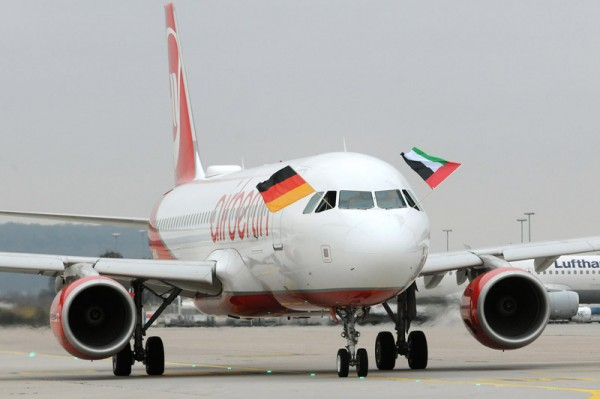 Air Berlin Airbus A320 with the flags of Germany and the United Arab Emirates