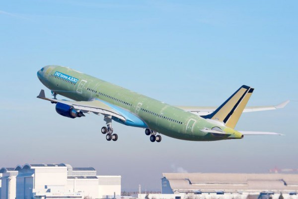 Maiden flight of the first 242-tonne MTOW A330