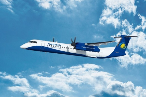 Bombardier Q400 NextGen in the livery of RwandAir (© Bombardier)
