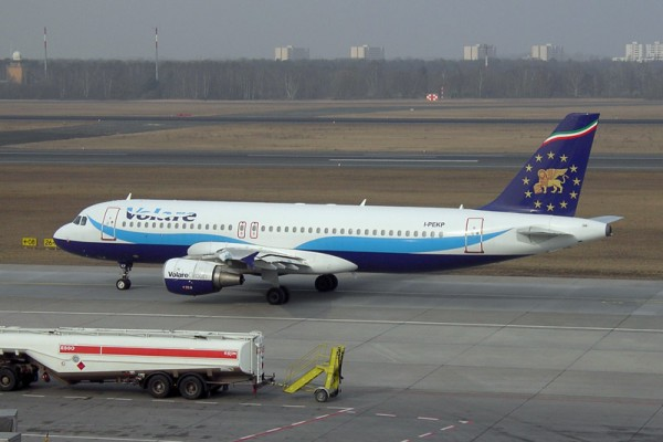 Volare Airbus A320-200 (© O. Pritzkow)