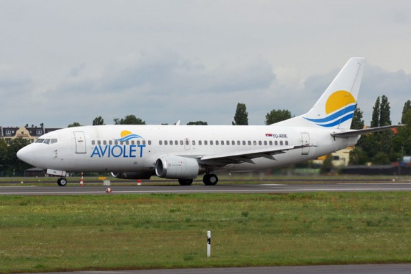 Aviolet Boeing 737-300 (© O. Pritzkow)