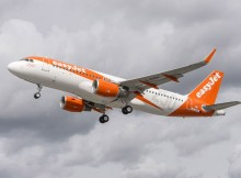 250th airbus aircraft for easyJet (© C.Brinkmann/Airbus)