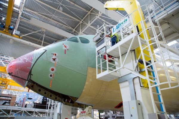 TAM Airbus A350 XWB enters the final assembly line at Airbus in Toulouse (© Airbus)