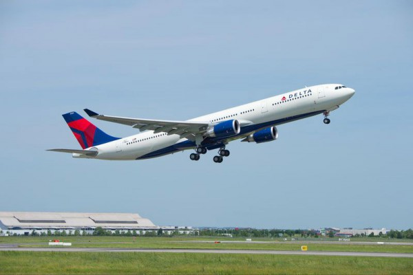 Airbus delivered its first 242-tonne maximum take-off weight A330-300 variant on 28 May 2015, with the aircraft received by Delta Air Lines (© Airbus)