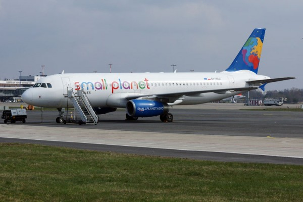 Small Planet Airlines Airbus A320 (© O. Pritzkow)
