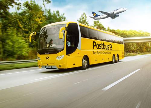 Postbus und Lufthansa (Montage: Lufthansa)
