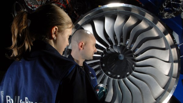 Rolls-Royce BR725 Triebwerk (© DLR)