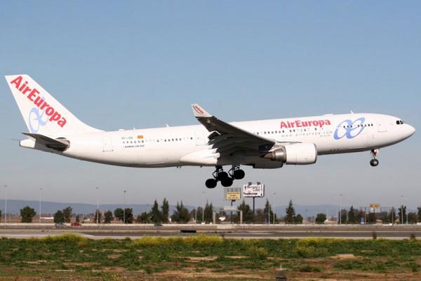 Air Europa Airbus A330-200 (CC 2.0 Curimedia)