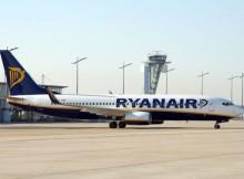 Boeing 737-800 der Ryanair am Flughafen Nürnberg (© NUE Airport)