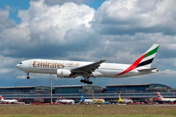 Emirates Boeing 777-200ER (© M. Penner, Hamburg Airport)
