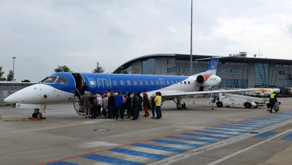 bmi regional am Flughafen Rostock-Laage