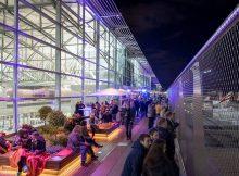 Besucherterrasse am Abend (© Fraport)