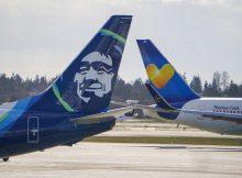 Leitwerke von Alaska Airlines und Condor (© Condor)